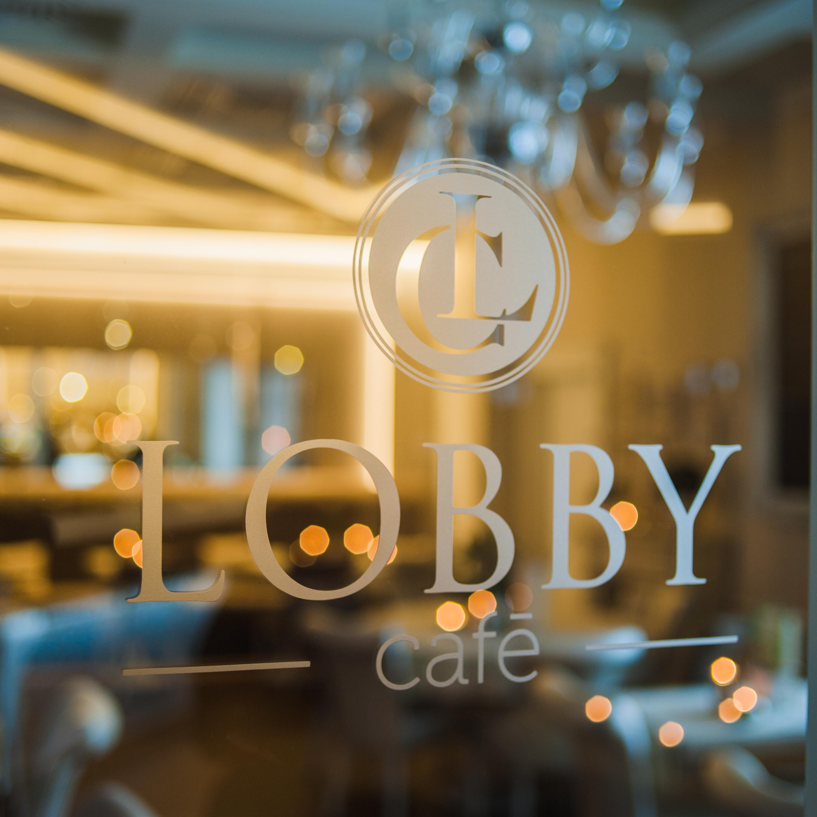 Lobby Café arculatterv, étlapterv, logóterv, kirakatterv